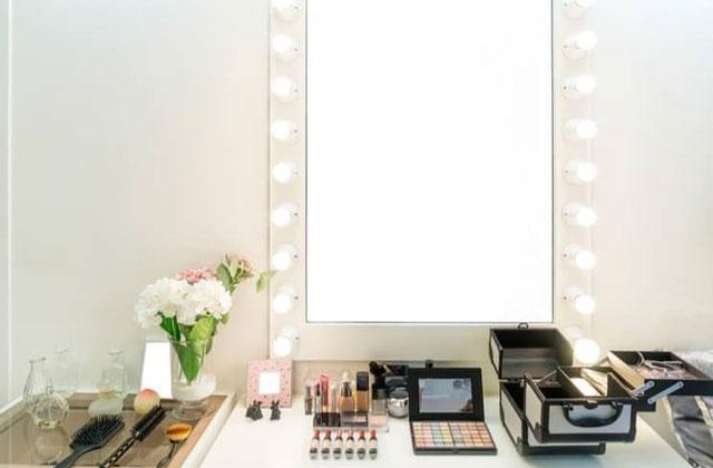 espejo maquillaje iluminado